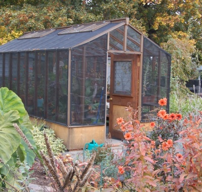 9 x 20 Deluxe glass to ground redwood greenhouse with shade cloth