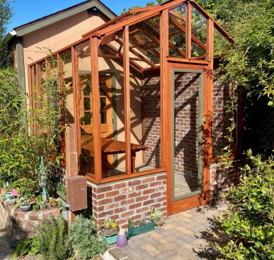 Custom attached 9x9 Garden Deluxe without eave overhangs
