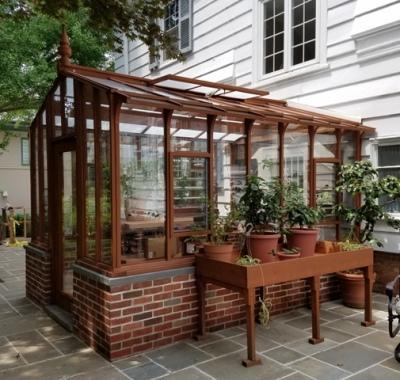 Patio Garden Deluxe greenhouse