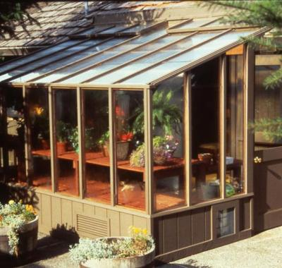 Garden sun room attached to the house