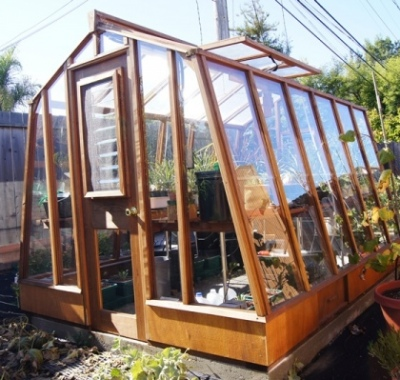 """8x11 Solite with Jalousie Window in door and 9.5"""" Sturdi-Built base wall with built-in vents"""