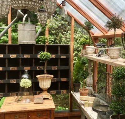 """Greenhouse """"she-shed"""" interior"""