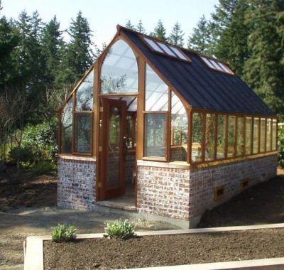 Greenhouse with shade cloth