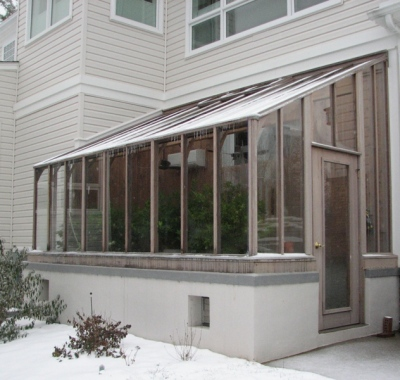 Lean-to wood Greenhouse