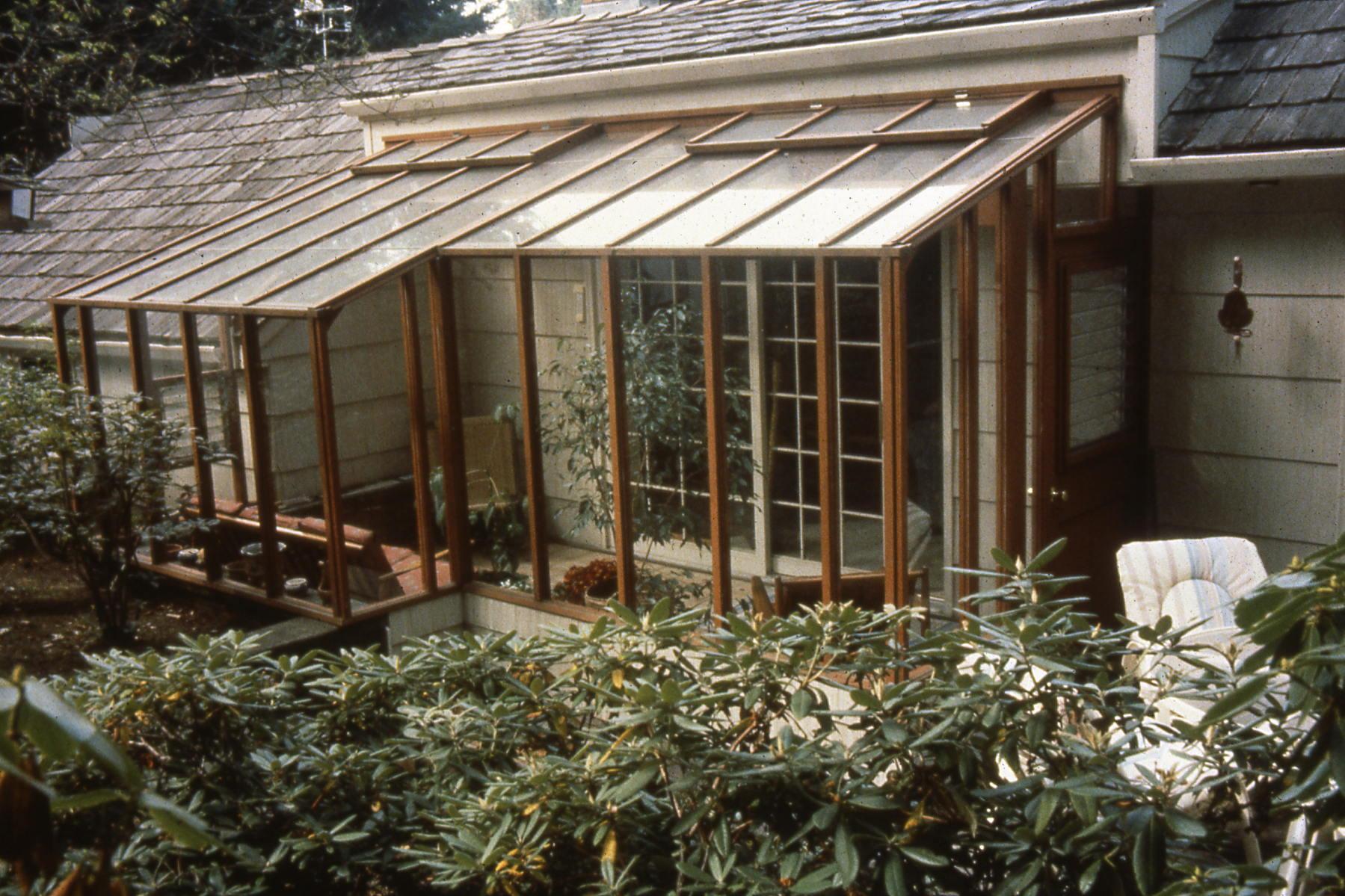 Custom greenhouse-unique shap
