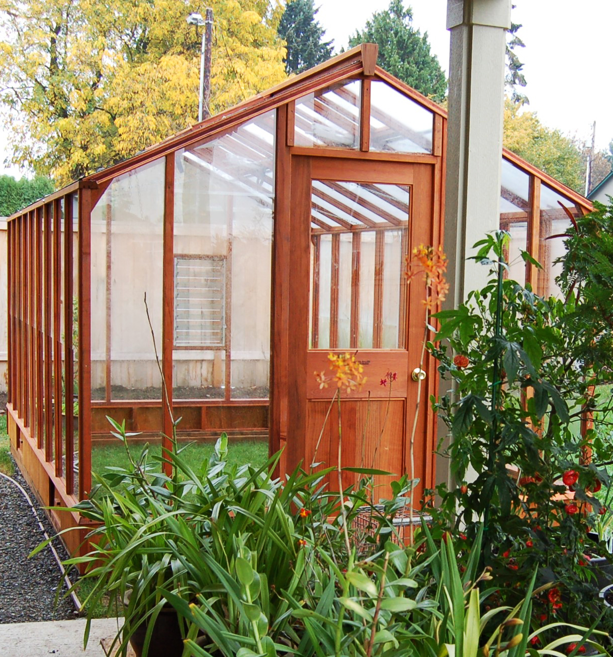 Sturdi-Built Greenhouse Deluxe Regular